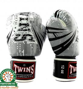 Twins Fantasy 2 Thai Boxing Gloves - White