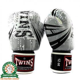 Twins Fantasy 2 Thai Boxing Gloves - White