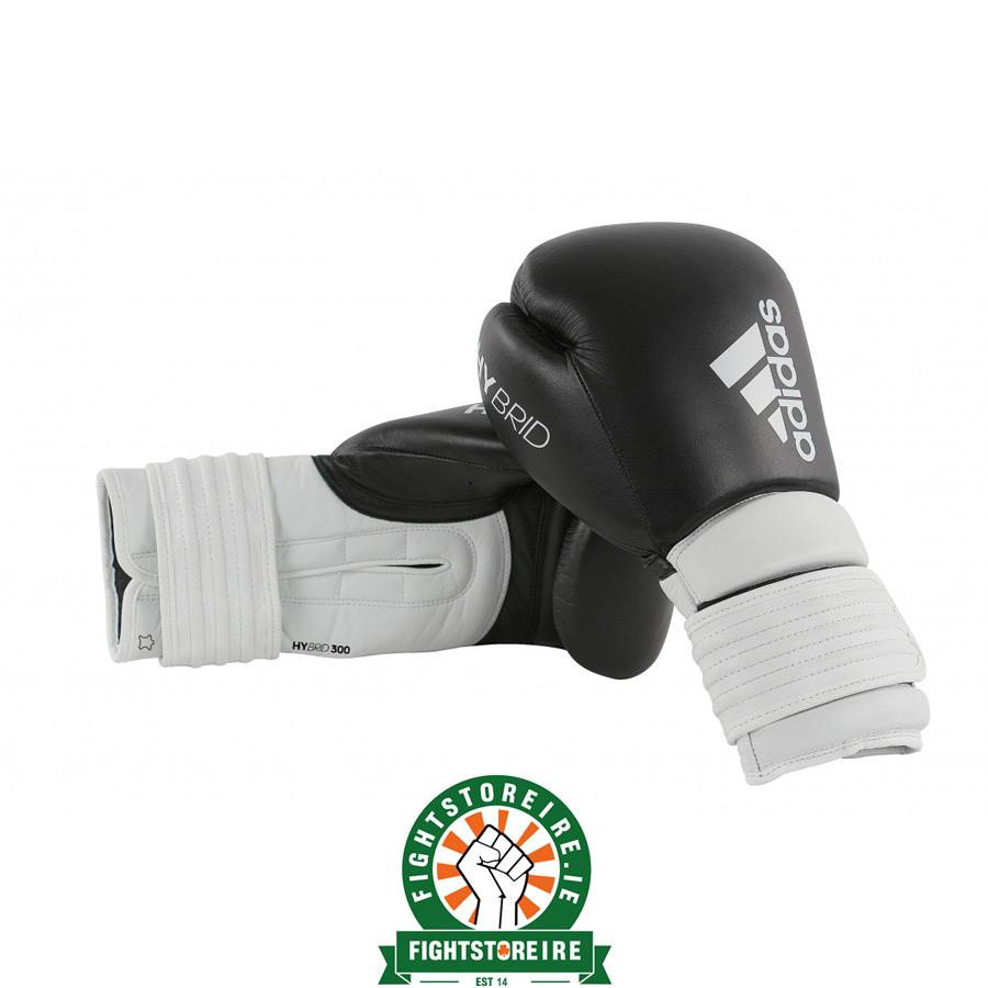 dolor de muelas reemplazar juego  Adidas Hybrid 300 Boxing Gloves - Black/White | Fight Store IRELAND