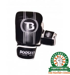 Booster V6 Muay Thai Gloves - Black/White