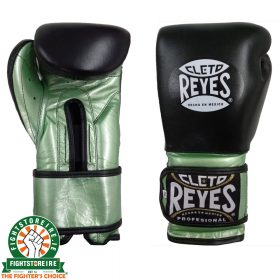 Cleto Reyes Limited Edition Sparring Gloves - Black & Metallic Green